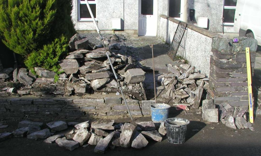Rebuilding Wall Talysarn